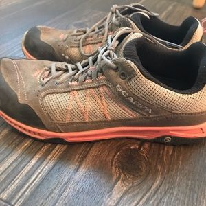 Women's Scarpa Hiking/Approach Shoe EU 38 US 7